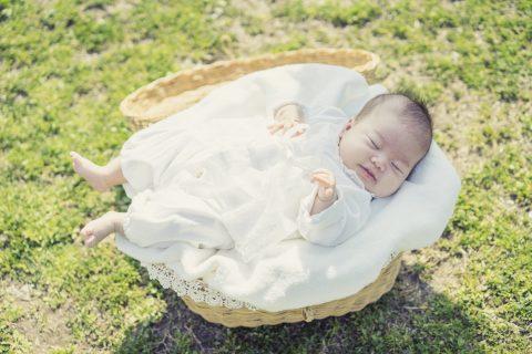 赤ちゃんにも使える日焼け止めは?|オーガニックから虫除け効果もあるものまで!おすすめをご紹介します。