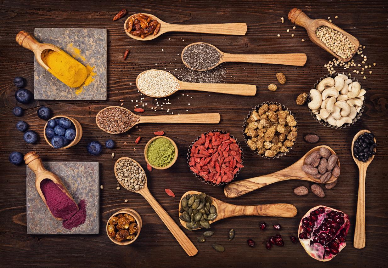 よく聞く「スーパーフード」ってどんな食材?種類、効果、話題の食材、完全まとめ